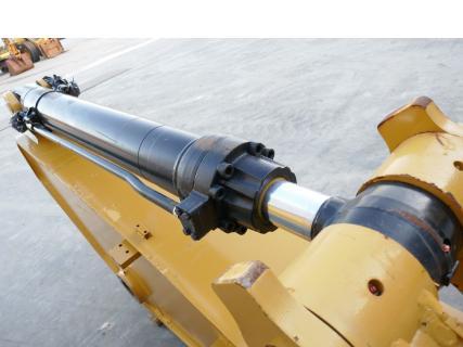 Caterpillar Bucket cylinder 349D 0 PartsVan Dijk Heavy Equipment