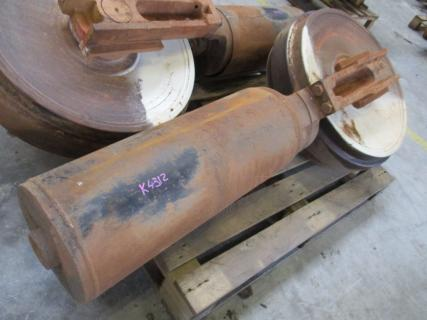 CATERPILLAR Track adjuster 330D  Parts 1 Van Dijk Heavy Equipment