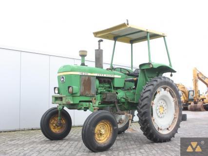 John Deere 1630 High Crop 1981 Vintage tractor 1 Van Dijk Heavy Equipment