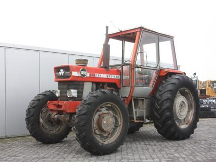 MASSEY FERGUSON 1080 4WD 1972 Agricultural tractor | Van Dijk Heavy Equipment