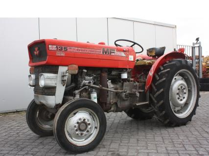 MASSEY FERGUSON 135 1978 Vineyard tractorVan Dijk Heavy Equipment
