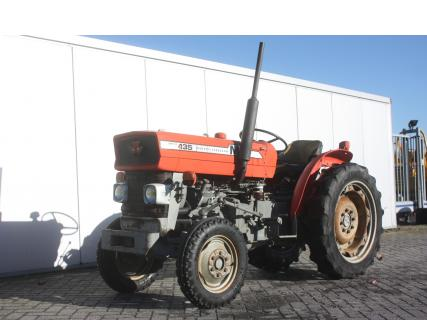MASSEY FERGUSON 135 1980 Vineyard tractor | Van Dijk Heavy Equipment