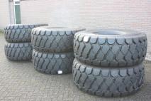 YOKOHAMA 23.5R25  Tyres  Van Dijk Heavy Equipment