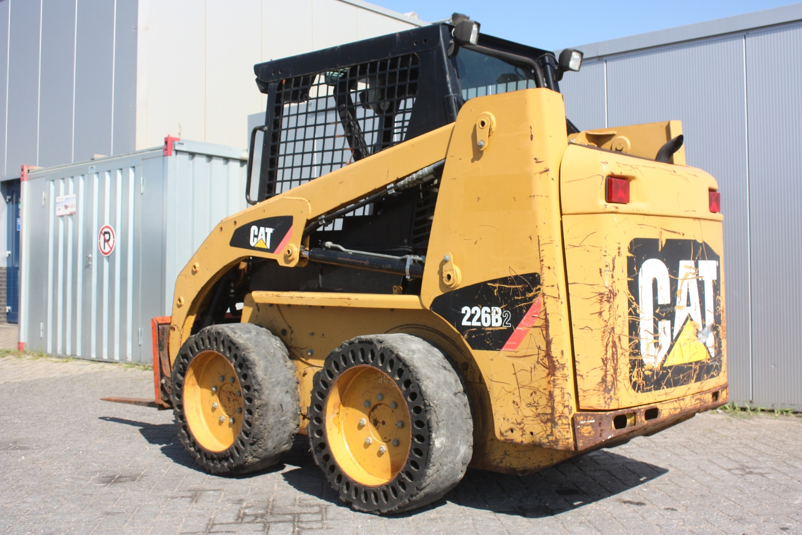 General At Tires >> CATERPILLAR 226B 2009 Loader Skidsteer | Van Dijk Heavy Equipment
