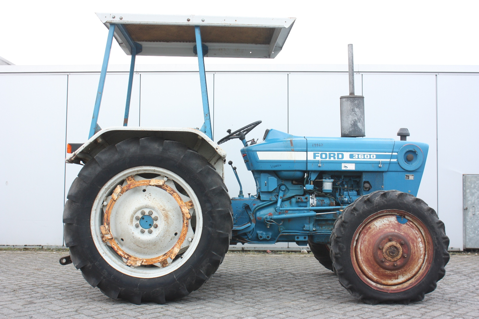 Ford 3600 Tractor : Ford wd agricultural tractor van dijk heavy