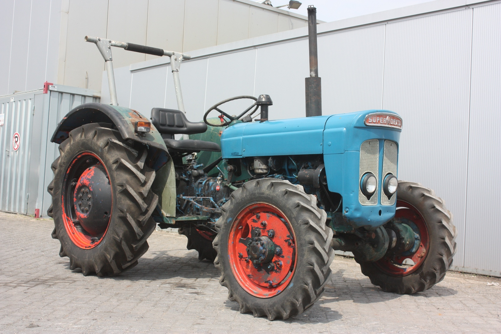 Ford Dexta Tractor Information : Ford dexta wd vintage tractor van dijk heavy equipment